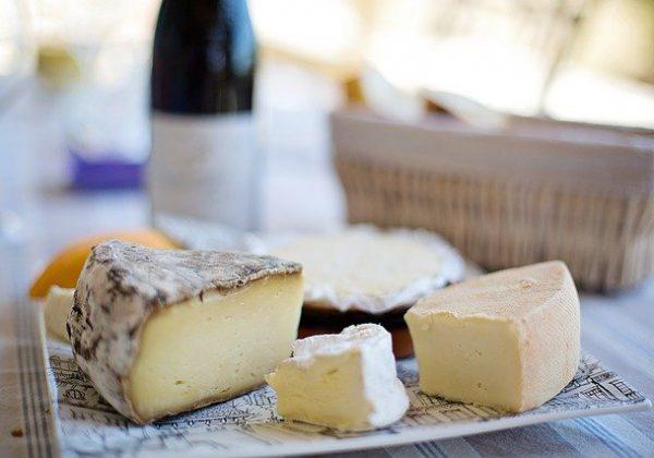 טרנד חם במטבח: כך תכינו גבינות תוצרת בית